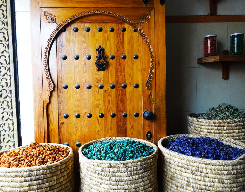 Porte herboriste Marrakech marie havard