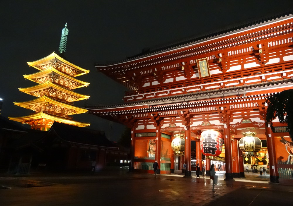 Temple d'Asakusa, dans le calme de la nuit (Tokyo)