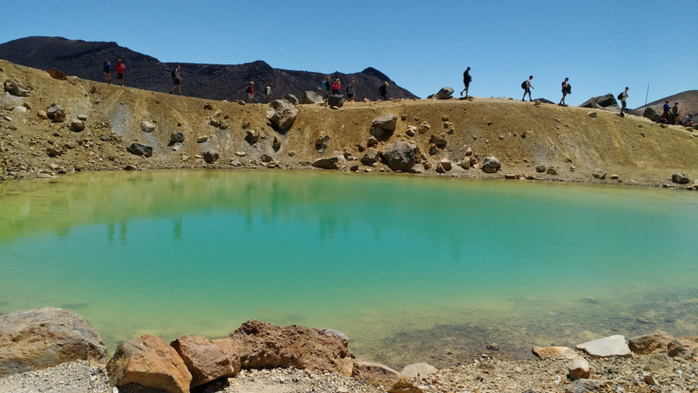Tongariro Alpine Crossing : Emerald Lakes