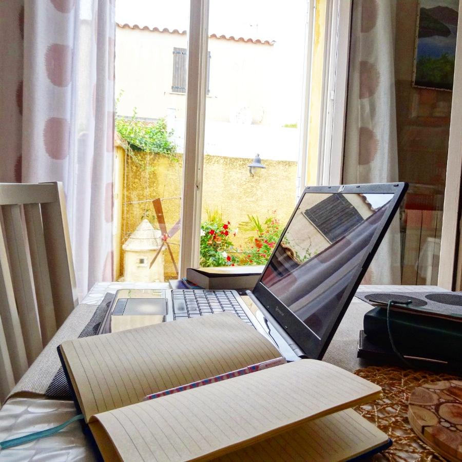 28 nuances de romancier : mon coin d'écriture